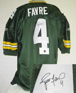 Brett Favre Autographed Green Bay Packers authentic jersey